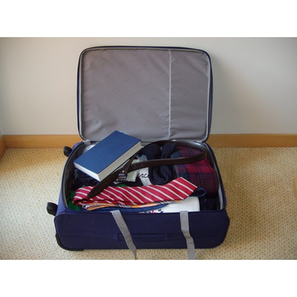 travelpro suit carrier instructions